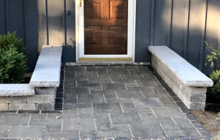 Unilock Thornbury pavers with Townhall edge